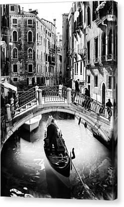 Gondolier Canvas Print by Alfio Finocchiaro