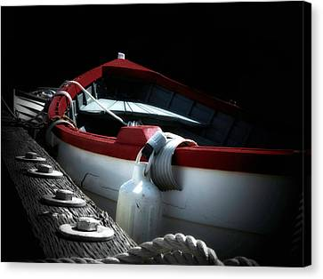 Canvas Print featuring the photograph Gone Home by Micki Findlay