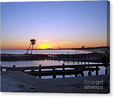 Canvas Print featuring the photograph Goodbye Sun by Roberta Byram