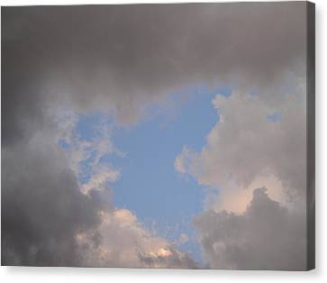 Goodnight Sweetheart Canvas Print by Suzanne Perry