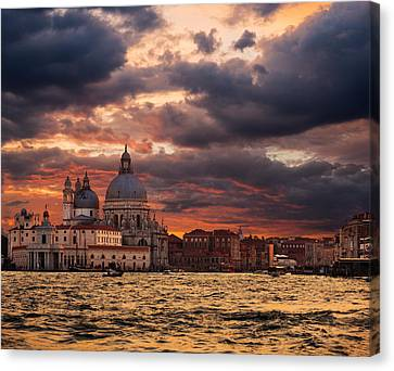 Gorgeous Sunset Over Grand Canal In Venice Canvas Print by Gurgen Bakhshetsyan