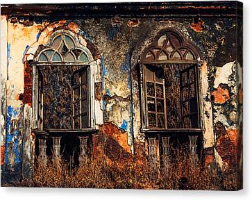 Gothic Windows. Old Portuguese House. Goa. India Canvas Print