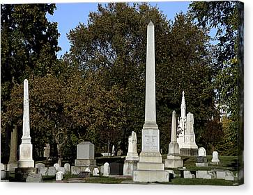 Graceland Chicago - The Cemetery Of Architects Canvas Print by Christine Till