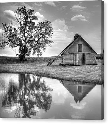 Grain Barn - Lone Tree - Square Canvas Print