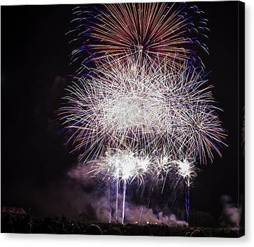 Grand Finale Canvas Print by Jason Smith