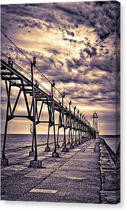Grand Haven Lighthouse And Pier, Grand Canvas Print by Rona Schwarz