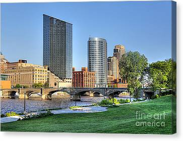 Grand Rapids Mi100 Art Prize Canvas Print by Robert Pearson