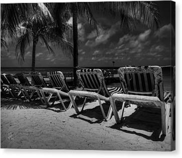 Grand Turk Vacation 003 Bw Canvas Print by Lance Vaughn