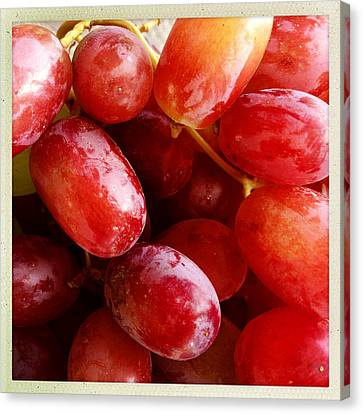 Grapes Canvas Print by Les Cunliffe