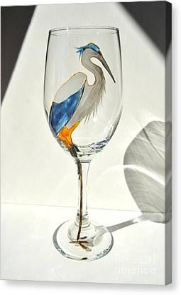 Great Blue Heron Wineglass Canvas Print by Pauline Ross