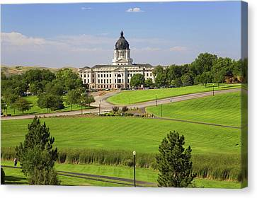 Green Grass Of Park Leading To South Canvas Print