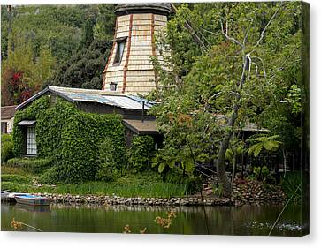 Canvas Print featuring the photograph Green House by Ivete Basso Photography