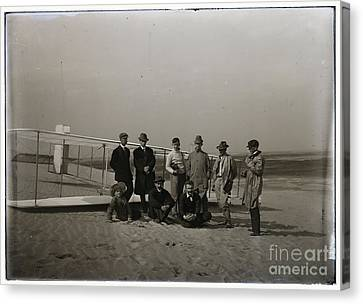 The Wright Brothers Group Portrait In Front Of Glider At Kill Devil Hill Canvas Print