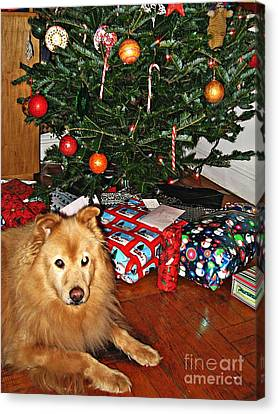 Guardian Of The Christmas Tree Canvas Print by Sarah Loft