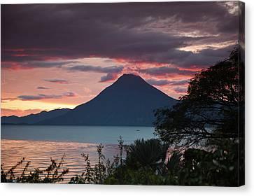 Guatemala, San Juan La Laguna Canvas Print