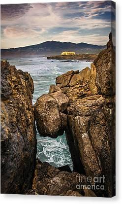 Guincho Coastline Canvas Print by Carlos Caetano