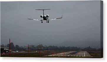 Gulfstream Approach Canvas Print by John Daly