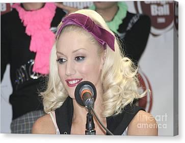 Singer Gwen Stefani Canvas Print