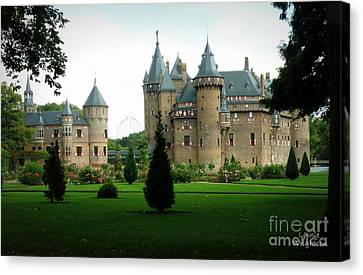 Haar Castle Canvas Print by Lainie Wrightson