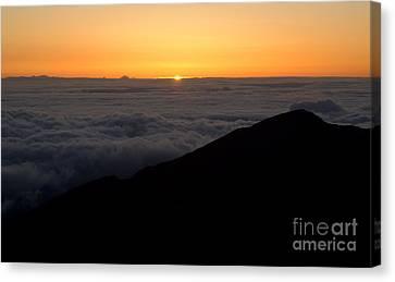 Haleakala Sunrise Canvas Print by Benjamin Reed