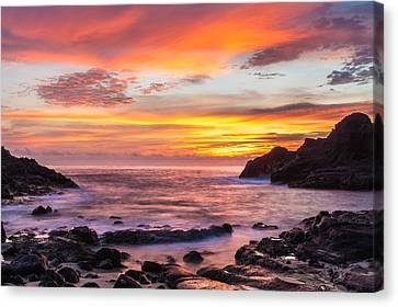 Halona Cove Sunrise 4 Canvas Print by Leigh Anne Meeks