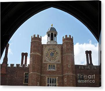 Hampton Court Palace Canvas Print by Deborah Smolinske
