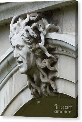 Hampton Court Palace Medusa Canvas Print by Deborah Smolinske