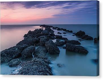 Hampton Seascape Canvas Print by Ian Hufton