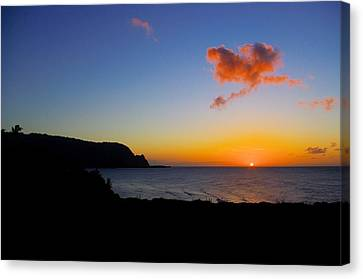 Hanalei Bay Sunset Canvas Print by John  Greaves