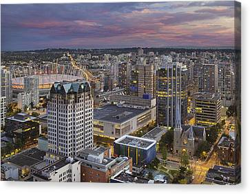 Harbour Center Lookout Vancouver Bc Canvas Print by David Gn