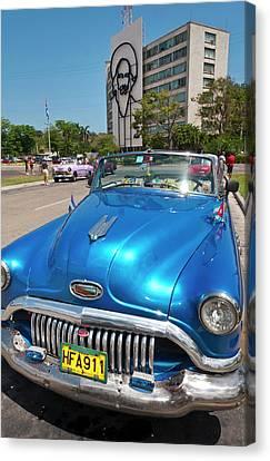 Havana, Cuba, Old Classic American Cars Canvas Print