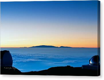 Canvas Print featuring the photograph Hawaii Sunset by Jim Thompson