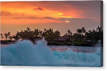 Canvas Print - Hawaiian Sunset by Bill Gallagher