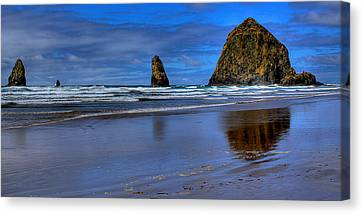 Haystack Rock And The Needles II Canvas Print by David Patterson