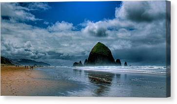 Haystack Rock Iv Canvas Print by David Patterson