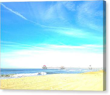 Canvas Print featuring the photograph Hb Pier 7 by Margie Amberge