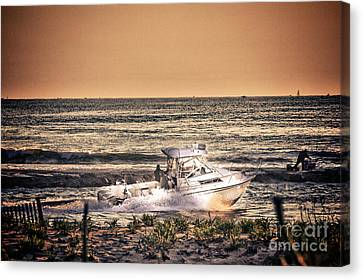 Hdr Beach Boat Boats Ocean Oceanview Seascape Sea Shore Photos Pictures Photography Pics Canvas Print by Pictures HDR