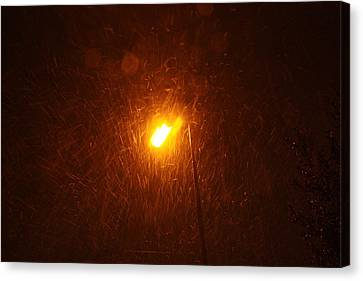 Canvas Print featuring the photograph Heavy Snows By Lamplight by Jean Walker