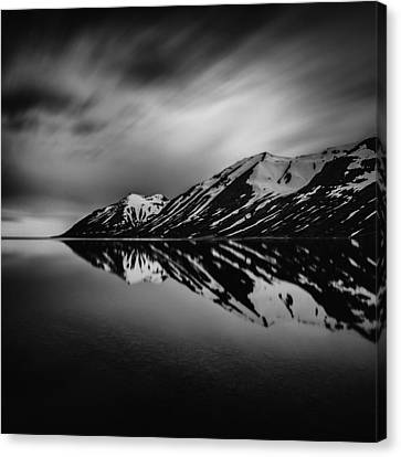 Canvas Print featuring the photograph Hedinsfjordur by Frodi Brinks