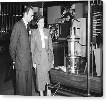 Heinz And Doris Wilsdorf Canvas Print by Emilio Segre Visual Archives/american Institute Of Physics