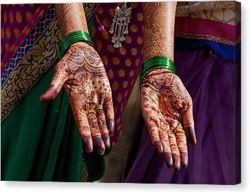 Henna Decoration Canvas Print by Tom Norring