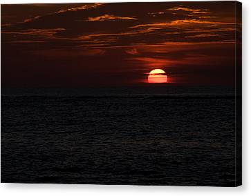 Canvas Print featuring the photograph Here Comes The Sun by Greg Graham