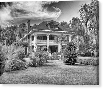 Herlong Mansion Canvas Print by Howard Salmon
