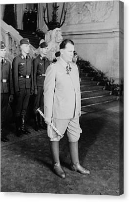 Hermann Goering At Castle Belvedere Canvas Print by Everett