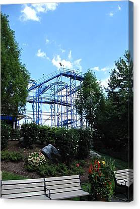 Hershey Park - Wild Mouse Roller Coaster - 12121 Canvas Print by DC Photographer