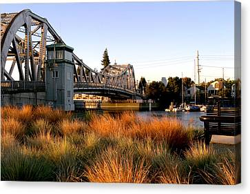 High Street Bridge Sunrise Canvas Print