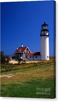 Highland Or Cape Cod Lighthouse Canvas Print by Skip Willits