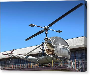 Hiller Raven H-23 Canvas Print by Gregory Dyer