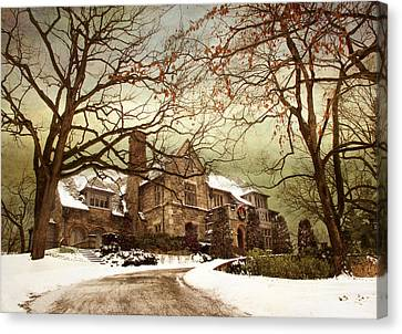 Hilltop Holiday Home Canvas Print