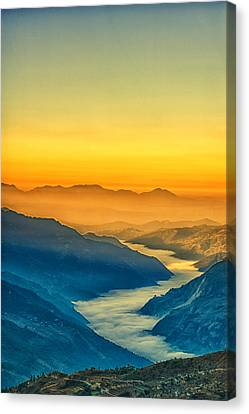 Himalaya In The Morning Light Canvas Print